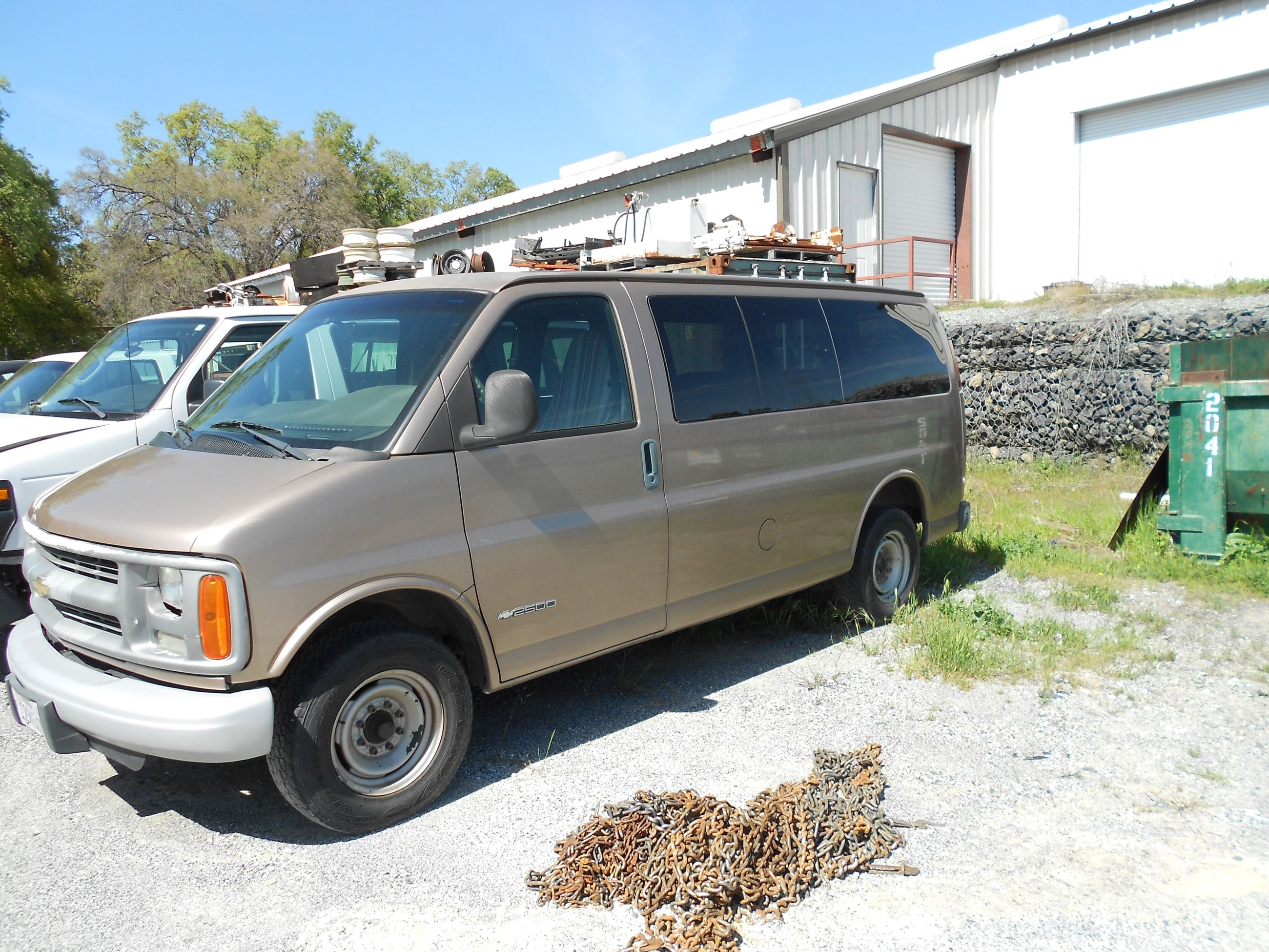 2001 Chevy Express Van-1