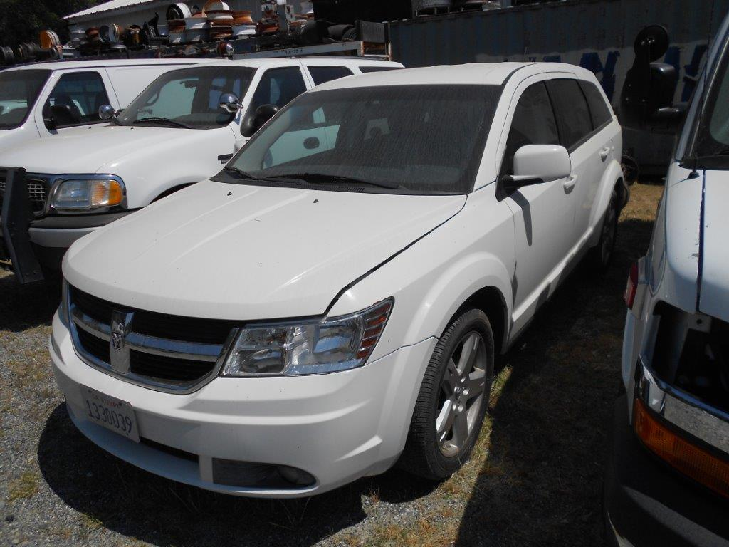 32-2009 Dodge Journey AWD