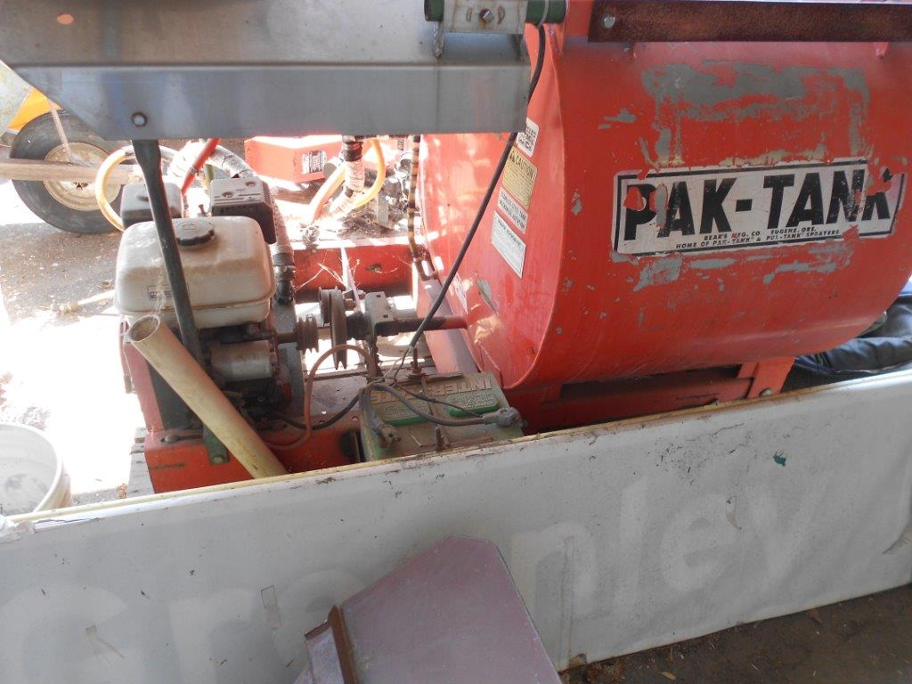 36-PAK-TANK 100 Gallon Sprayer